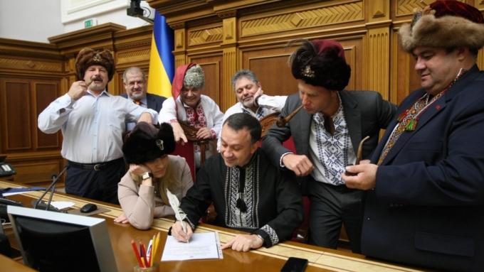 «Люцифера секретарь»: украинские депутаты написали письмо Путину