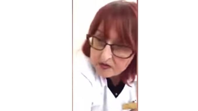 Девушка врач не удержалась, смотреть пизду видео близко