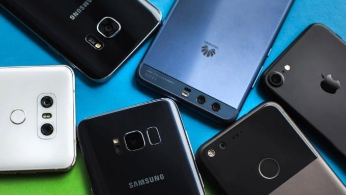ТОП-10 наилучших телефонов составили вРоскачестве