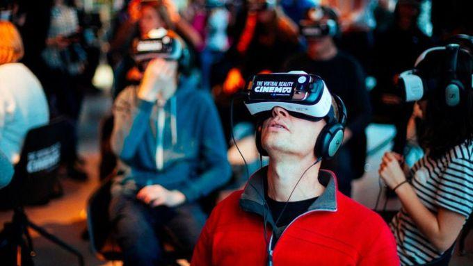 В Российской Федерации сберегательный банк откроет первую сеть кинотеатров виртуальной реальности