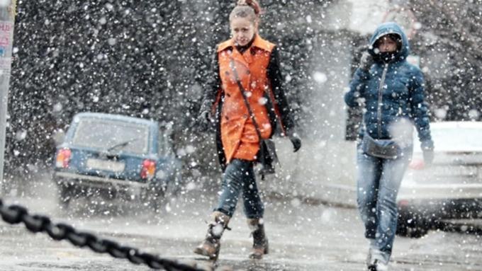 Сильный ветер и потепление до +7: прогноз погоды в Алтайском крае на 19 февраля
