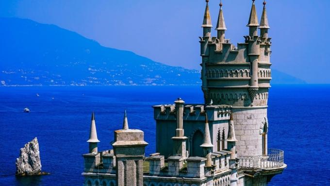 В Республике Крым решили полностью отказаться от курортного сбора