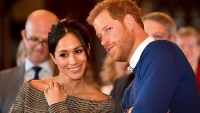 У внука британской королевы принца Гарри и его жены Меган Маркл родился первенец
