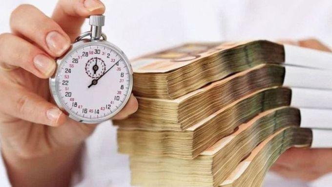 Помогают с кредитами с просрочками