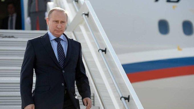 Пилот В. Путина продемонстрировал чудеса мастерства вжутких условиях