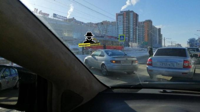 В Барнауле на пешеходном переходе сбили женщину