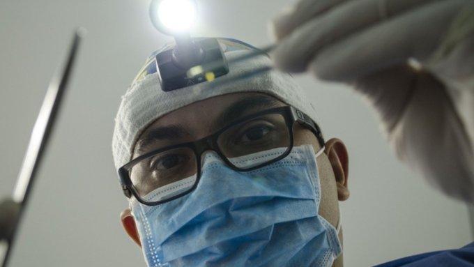 Алтайские поликлиники будут принимать пациентов с 4 по 7 мая