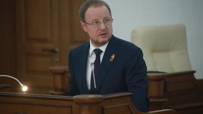 Виктор Томенко рассказал, зачем нужны были поправки в Конституцию