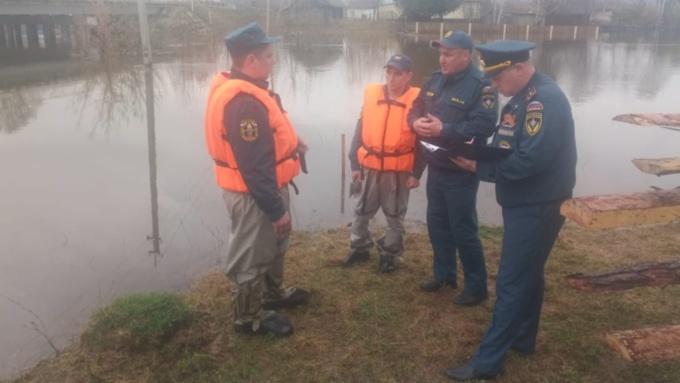 15 жилых домов подтопило в Алтайском крае