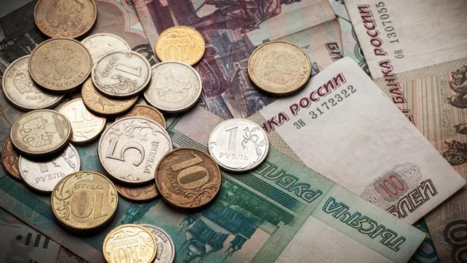 Лжебанкиры убедили жительницу Рубцовска перевести на их счета 222 тысячи рублей