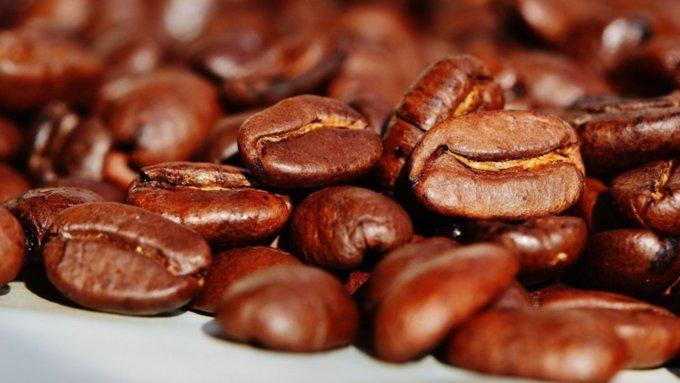 Ученые раскрыли вред кофе для зрения