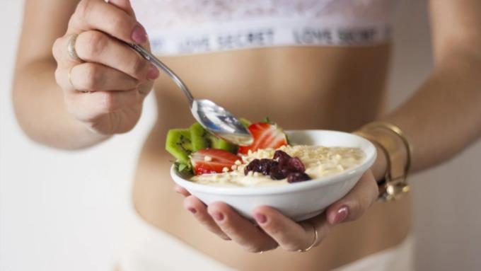 Диетолог назвала способ похудения без диет и тяжёлых тренировок