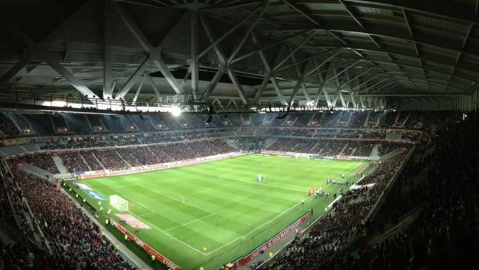 Чемпионат Европы по футболу впервые в истории начался с автогола