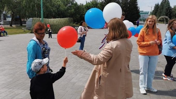 """В """"Единой России"""" рассказали о государственных гарантиях для семей с детьми"""