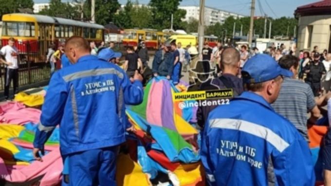 Семьям пострадавших на батуте детей предложили два млн рублей - адвокат Чумаков