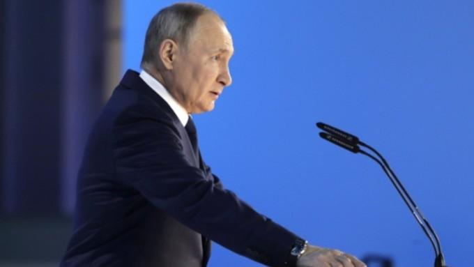 """""""Лучше, чем болеть"""". Путин призвал россиян привиться от коронавируса"""