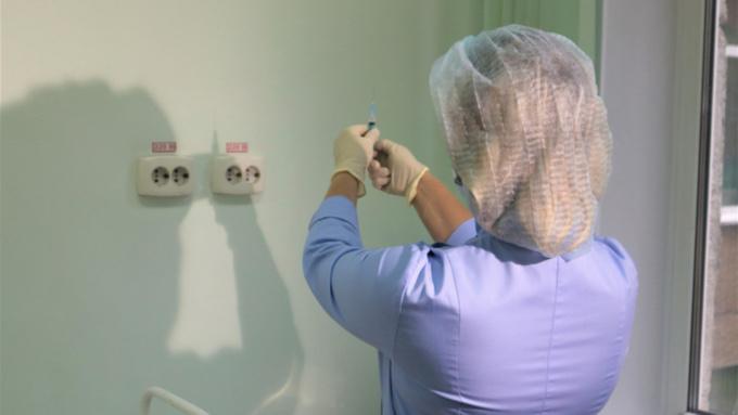 Медики посетят алтайские предприятия для вакцинации сотрудников
