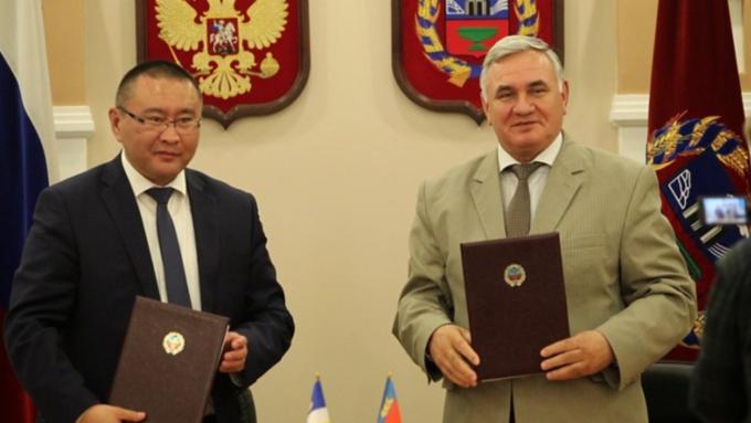 Власти Алтайского края подписали план совместных мероприятий с Республикой Бурятия
