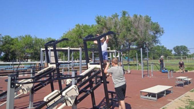 В сёлах Алтайского края завершают установку спортплощадок по нацпроекту
