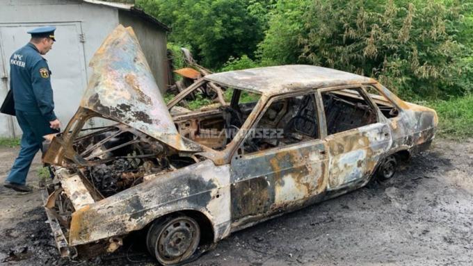 Автомобиль полностью сгорел в Барнауле