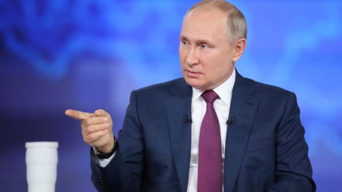 Про подонков, Defender и локдаун. Яркие моменты юбилейной прямой линии с Путиным
