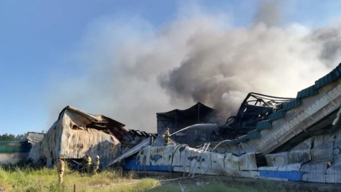 """Такой день. Крупный пожар на заводе и старт ралли """"Шелковый путь"""" на Алтае"""
