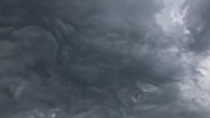 Такой день. Ураганный ветер в Барнауле и температурные рекорды