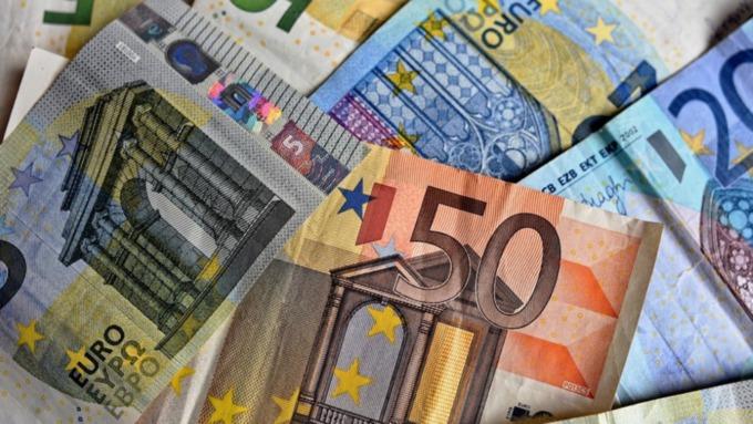 За пять лет в сборной Черчесов заработал более 12 миллионов евро