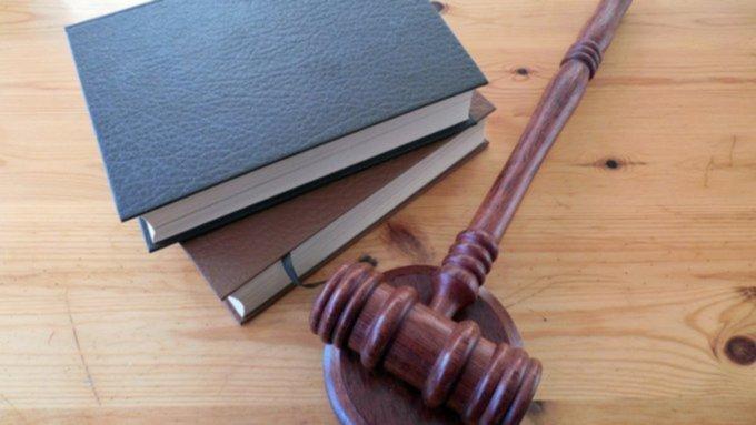 Барнаульца взяли под домашний арест по делу о гибели студента в драке
