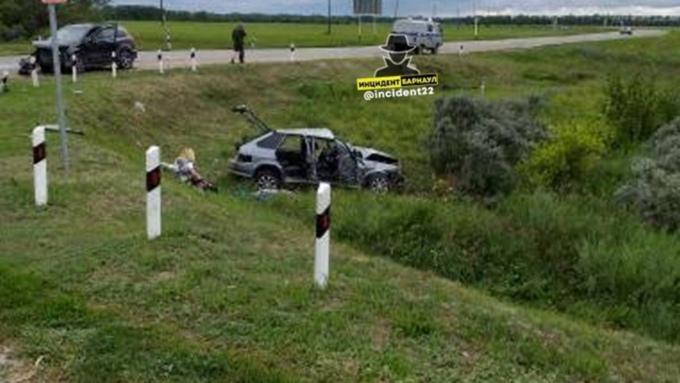 Названы подробности ДТП с гибелью двух человек в Алтайском крае