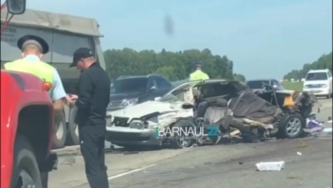 Страшное ДТП с погибшими произошло на трассе Барнаул – Бийск