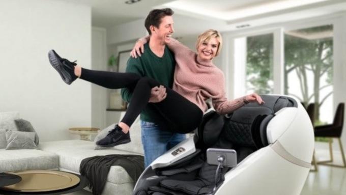 Удовольствие и здоровье дома: какие виды массажных кресел бывают и где их купить