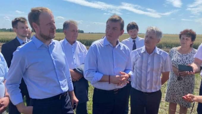 """Глава """"Единой России"""" пообещал, что цены на """"борщевой набор"""" снизятся к августу"""
