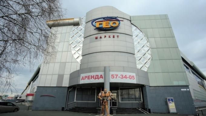 Первый крупный мобильный пункт вакцинации планируют открыть в торговом центре Барнаула