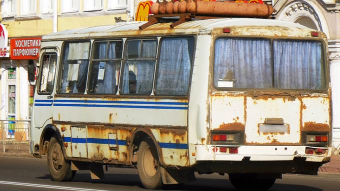 Томенко выделил 500 миллионов на закупку 118 автобусов. Их отдадут районам Алтая