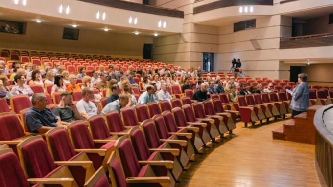 Спектакли и гастроли: в алтайском театре драмы рассказали, как отметят 100-летие