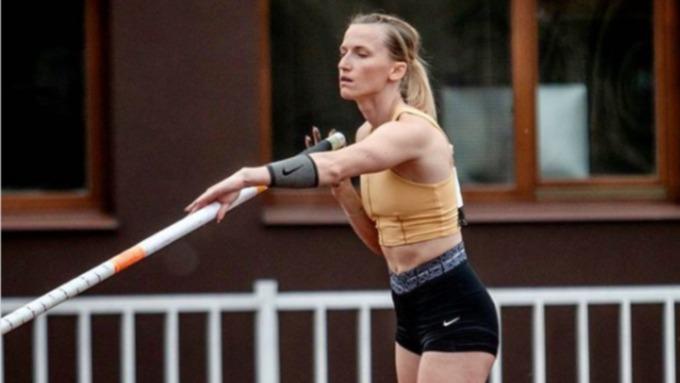 Российская прыгунья с шестом Анжелика Сидорова завоевала серебро в Токио