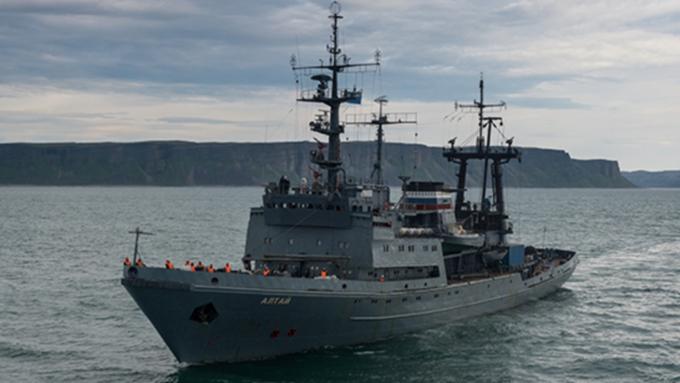 """Военное судно """"Алтай"""" отказались пустить в испанский порт"""