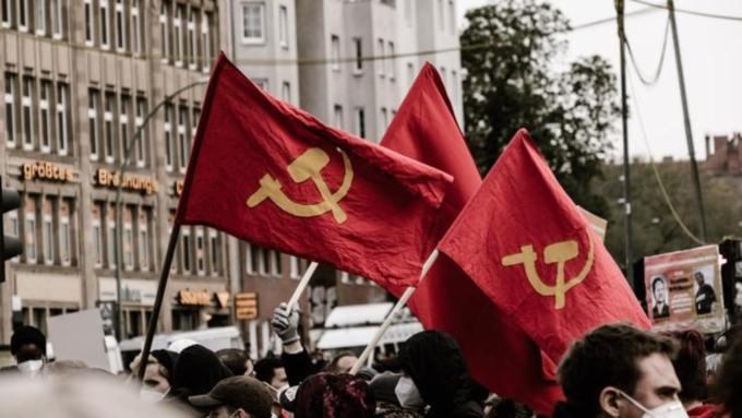 """В РПЦ оценили присвоение Иисусу титула """"первого коммуниста в новом времени"""""""