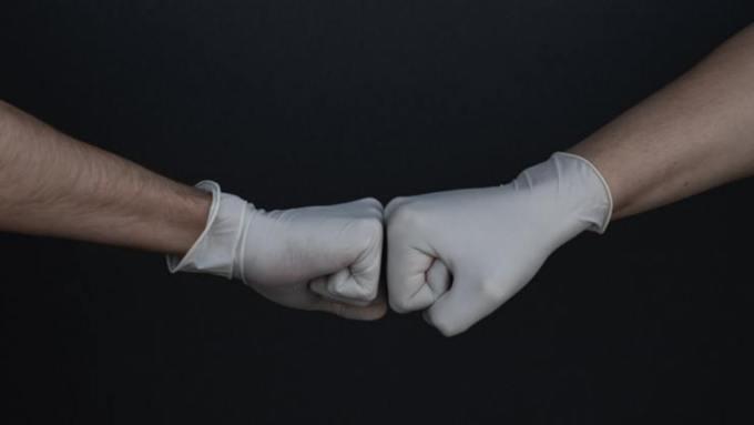 В бийской больнице после жалоб врачей заменили некачественные перчатки