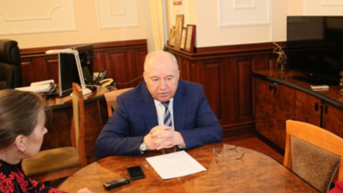 Экс-зампреда правительства Республики Алтай осудят за взятки и превышение полномочий