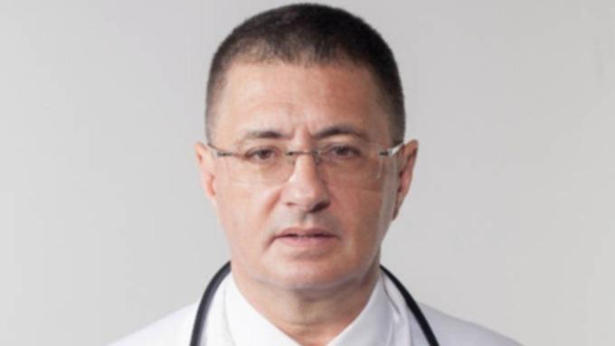 Доктор Мясников раскрыл наиболее опасный для гипертоников продукт