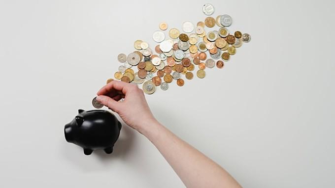 Названы категории россиян, которым с 1 октября проиндексируют зарплату