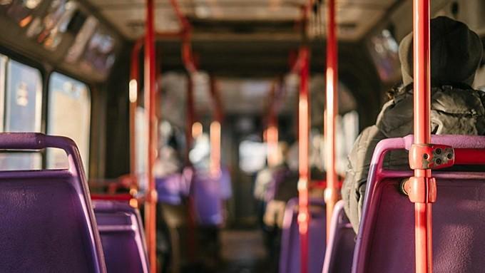 Держитесь крепче. Пять человек пострадали в общественном транспорте на Алтае за неделю
