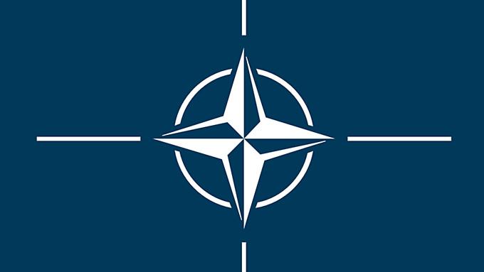 НАТО выслала 10 российских дипломатов из миссии в Брюсселе