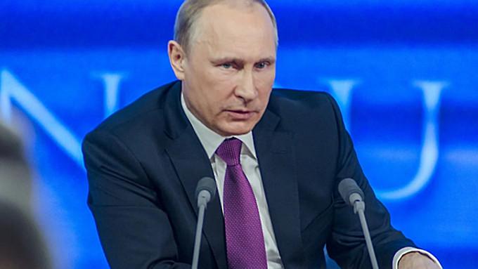 """Пел """"Битлз"""", защищал слабых. Школьный друг Путина рассказал о детстве президента"""