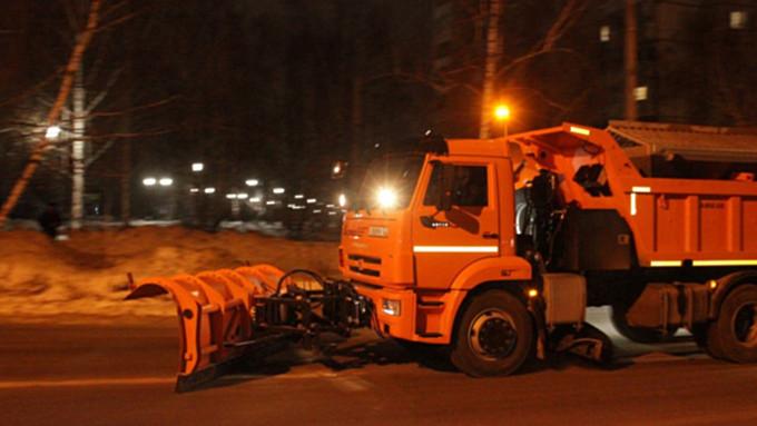 Власти Алтая купят 10 дополнительных снегоуборочных машин благодаря экономии на тендерах