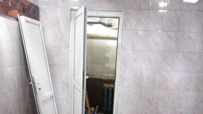 Шняга шняжная. Студента барнаульского педа жалуются на затянувшийся ремонт в общаге