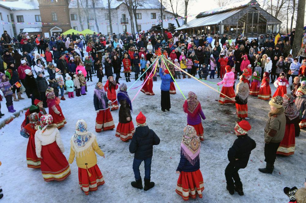 можно фото зимних праздников в россии каждый ваш день