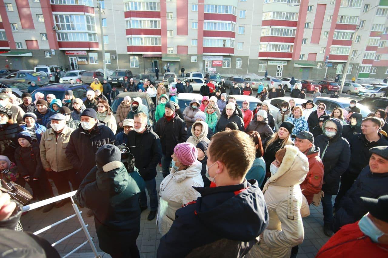 """""""Мы против стройки!"""" Барнаульцы готовят митинг, чтобы остановить возведение ЖК на парковке"""